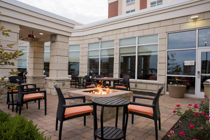 Kelly Ann Photography Commercial Dayton Cincinnati Ohio Architecture Lounge firepit hilton exterior