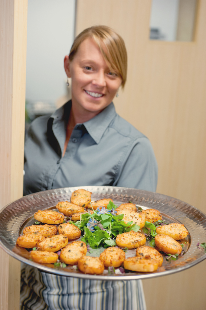 Kelly Ann Photography Commercial Dayton Cincinnati Ohio Food Drink appetizers server editorial event