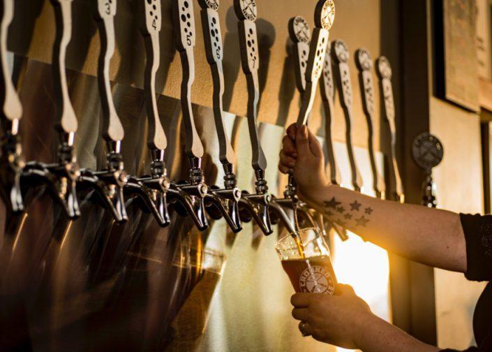 Kelly Ann Photography Commercial Dayton Cincinnati Ohio Food Drink beer tap draft craft beer editorial Crooked Handle Brewery