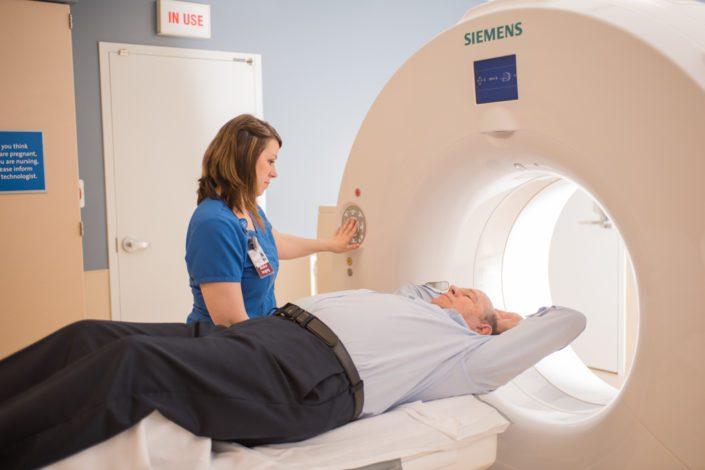 Kelly Ann Photography Commercial Dayton Cincinnati Ohio Medical CT scan 128 Slice hospital location