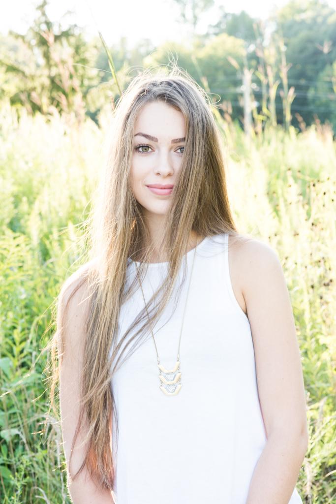 Kelly Ann Photography Commercial Dayton Cincinnati Ohio senior beauty field portraiture high school girl